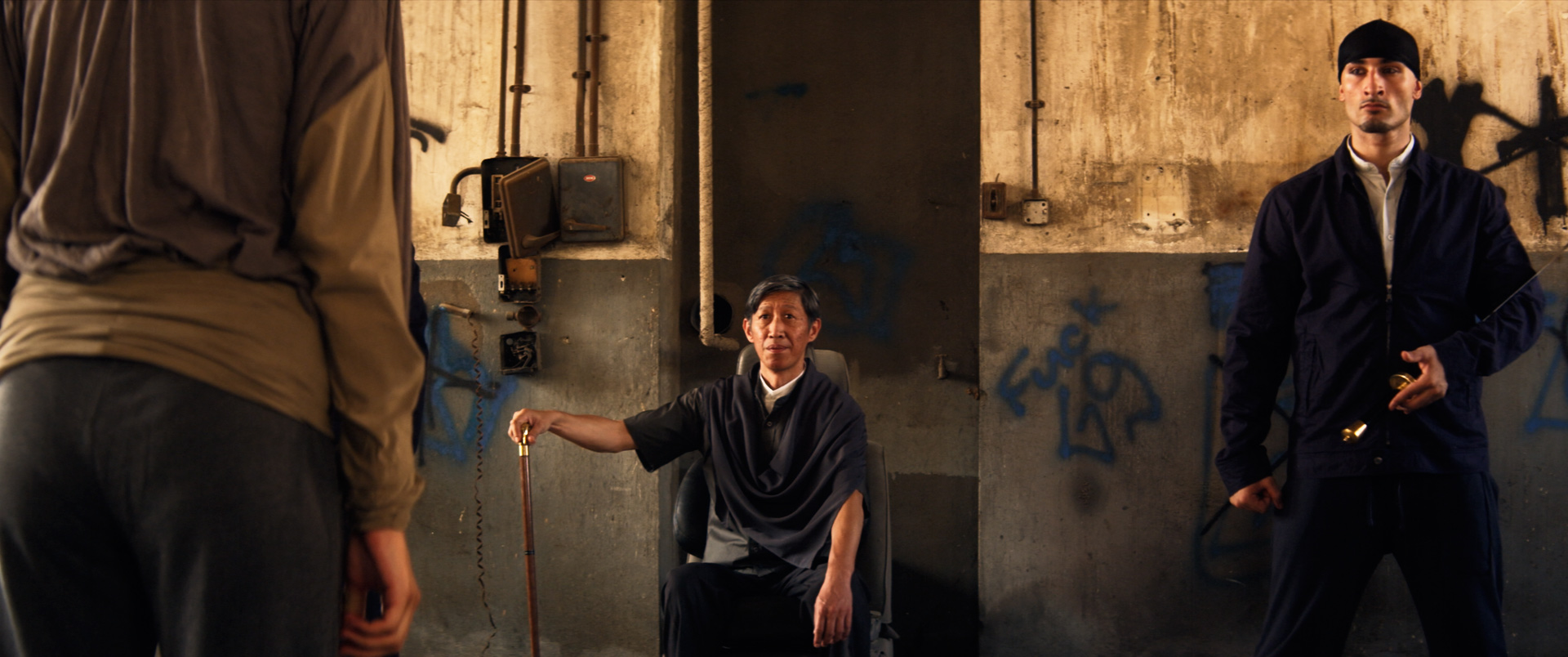 Chinatown - Τα Τρία Καταφύγια / FEATURED
